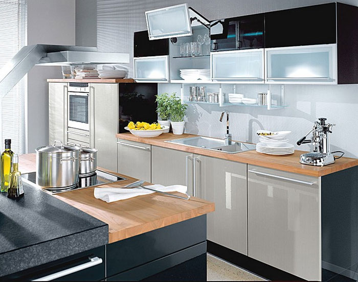 Today, the kitchen in high-tech style most fashionable among designers